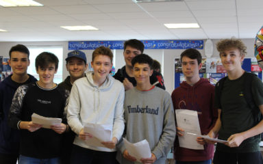 Holcombe Grammar School Students Thrilled at GCSE Results