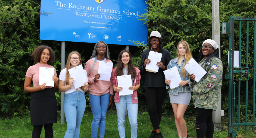 Rochester Grammar School Students Thrilled at GCSE Results