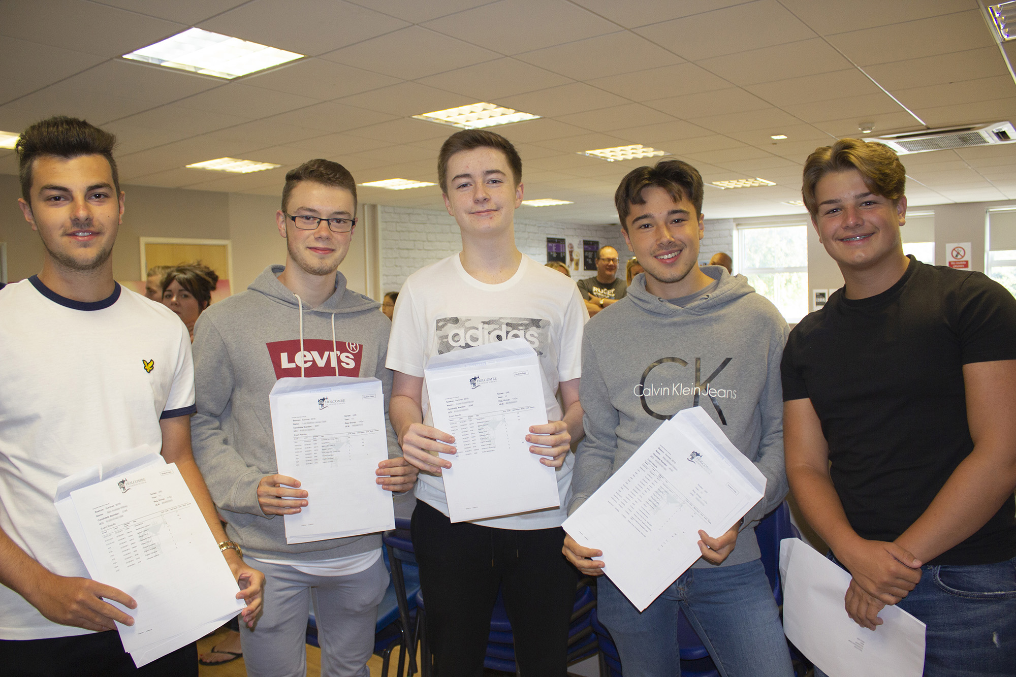 HGS – GCSE Results – 2019 – IMG_3083-w